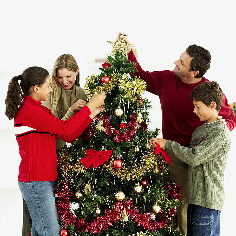 when is the right time to put up the christmas tree - When To Put Up Christmas Tree